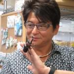 哀川翔のカブトムシ画像 マニア過ぎてブランドメガネにも昆虫マーク
