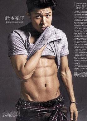 鈴木亮平さんのデブ太り・ガリガリ画像 肉体改造マッチョの筋肉美写真も