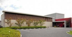 韮崎大村美術館