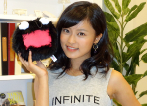 小島瑠璃子 画像 顔写真 かわいい