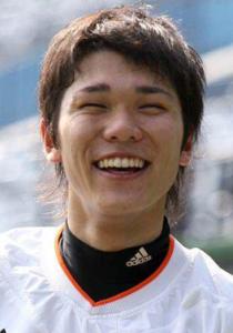 巨人 坂本勇人 画像 顔写真 笑顔