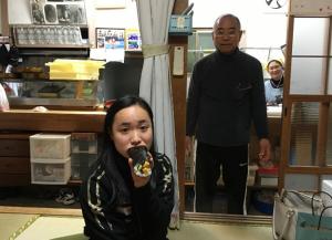 伊藤美誠 祖父母 写真