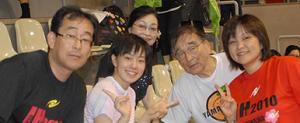 石川佳純 家族写真