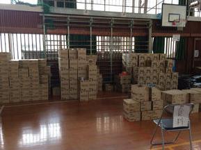 地震 補給物資 支援物資 画像