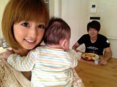 小倉優子 子供 息子娘 画像